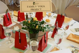 Table_FamilyYoga_web